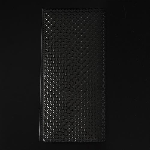 黒革×黒漆
