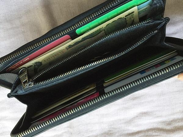 膨らむ財布