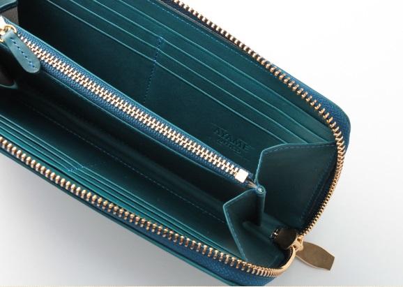 アヤメアンティーコの長財布