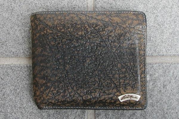 カサブランカ二つ折り財布