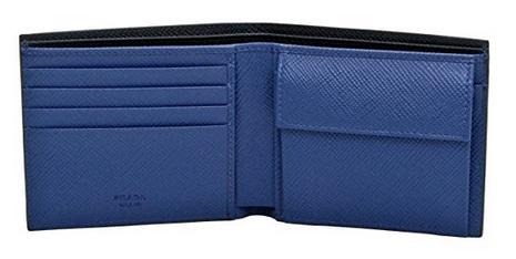 プラダ財布の内装