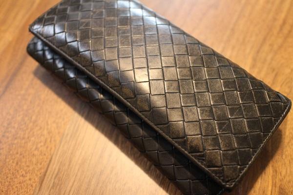 ボッテガヴェネタ二つ折り長財布