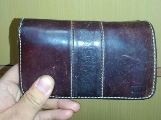 エドウィンの財布