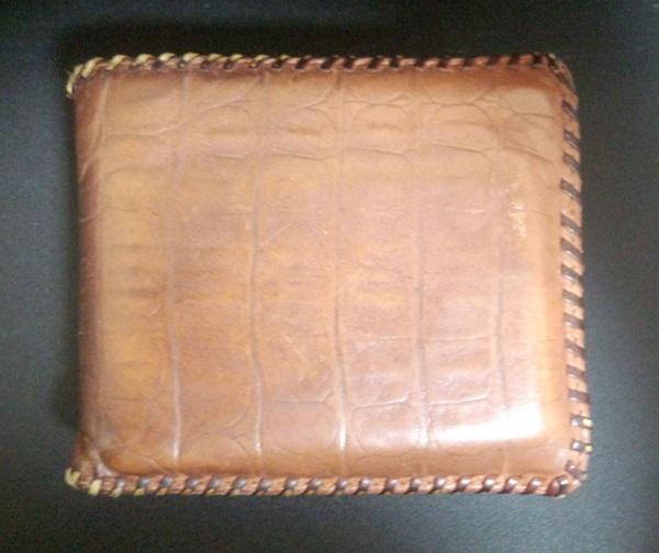キャサリンハムネットのメンズ財布