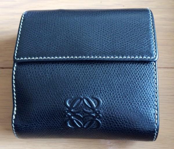 ロエベ革財布