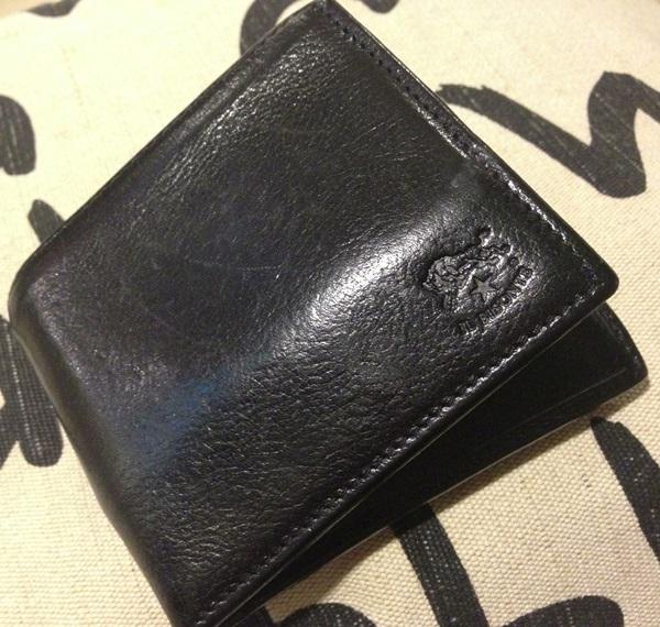 イルビゾンテ二つ折り財布