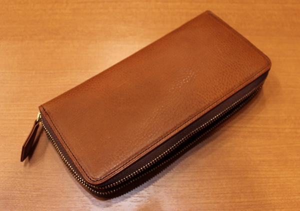無難に上質な財布