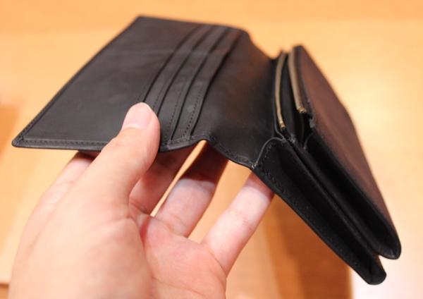 財布の分厚さ
