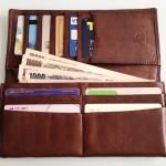 使いやすい内装の長財布