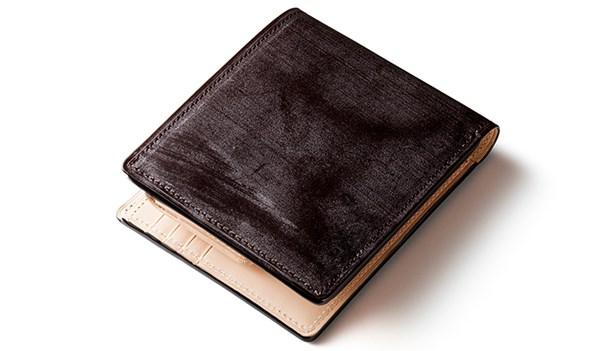 ココマイスターブライドルレザー二つ折り財布