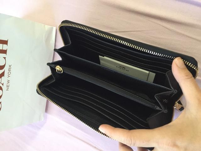 コーチ長財布の内装