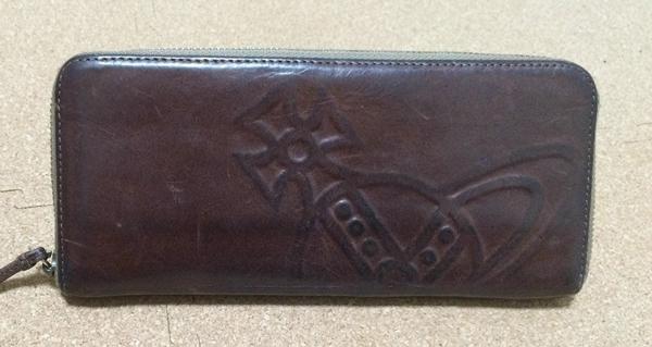 ヴィヴィアンウエストウッドのメンズ革財布