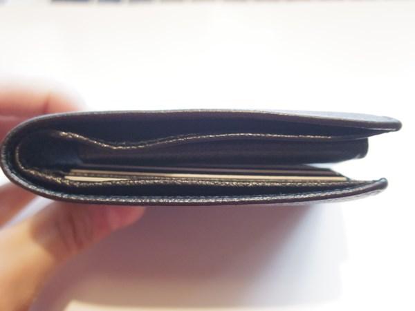 持ち運びのしやすメンズ財布