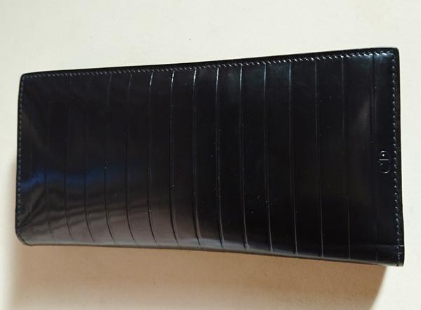 ディオールオムのメンズ長財布