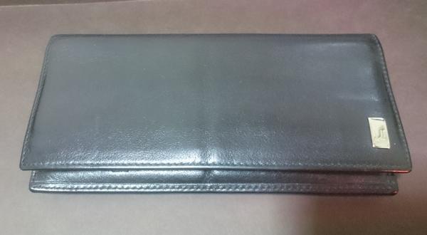 ダンヒルの長財布