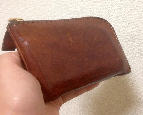 とにかく軽い!薄い!ヘルツの財布!