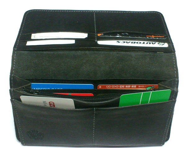 ポーターホフ長財布の内装