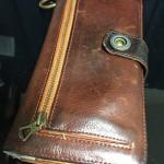 トリシュ長財布