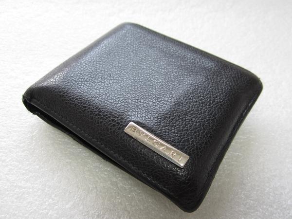 【ブルガリ】メンズ革財布の使い心地を徹底レビュー!