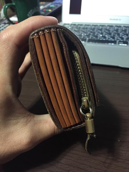 ポケットに入らない財布