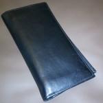 フランス発祥のスタイリッシュなロンシャン長財布