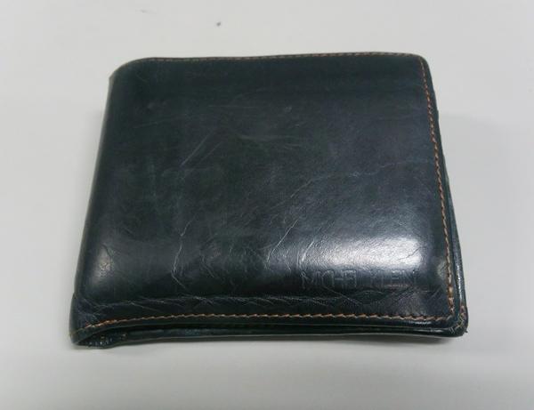 ミッシェルクランのメンズ二つ折り財布