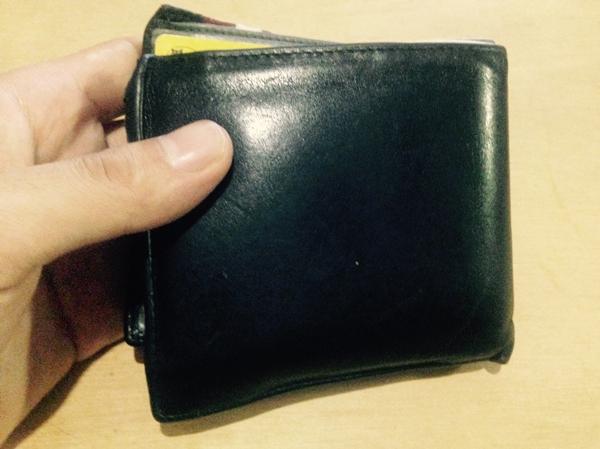 劣化が早いバリーの財布