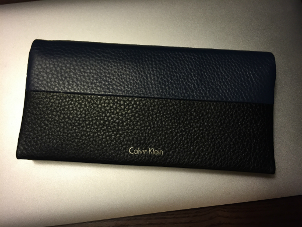 柔らかな素材を使ったカルバンクライン長財布