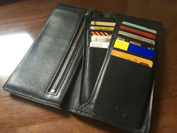 小銭・カード・札などの収納が充実