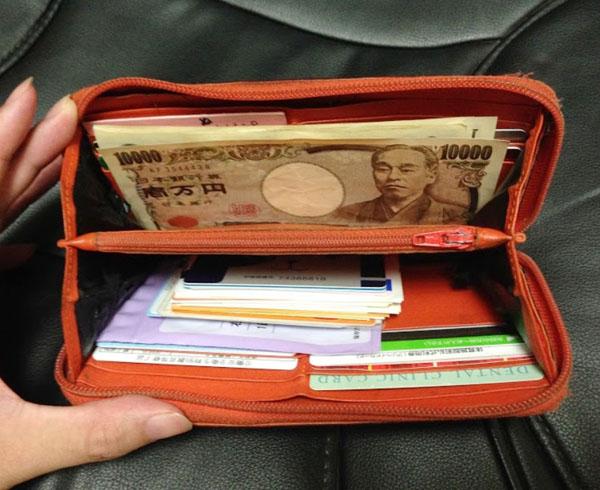 カルロ カルマニーニ長財布の使い心地