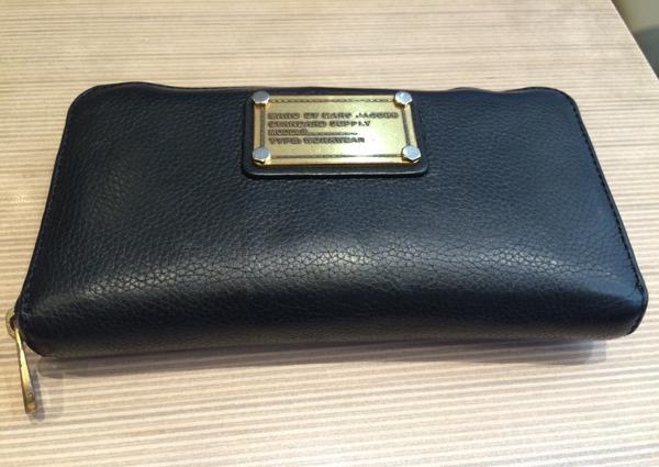 マークジェイコブスの長財布