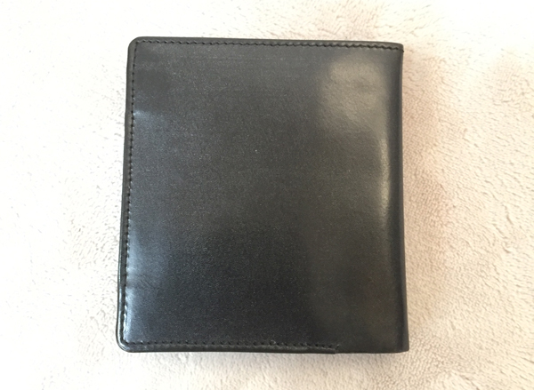 ブルックス・ブラザーズで買ったブライドルレザーの二つ折り財布