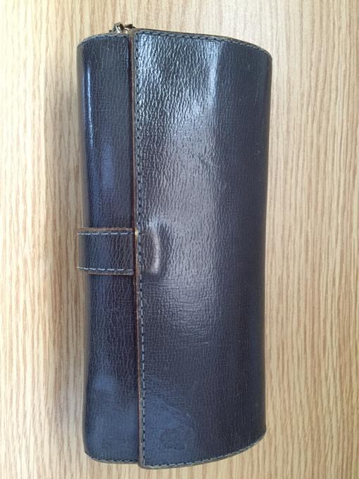 フェリージのコロコロ長財布(限定色)