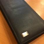 スーツやビジネスに合う薄くシンプルなダンヒル長財布