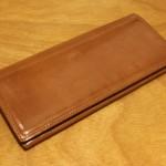 エグゼクティブな雰囲気の『パティーナ長財布』を1年使った