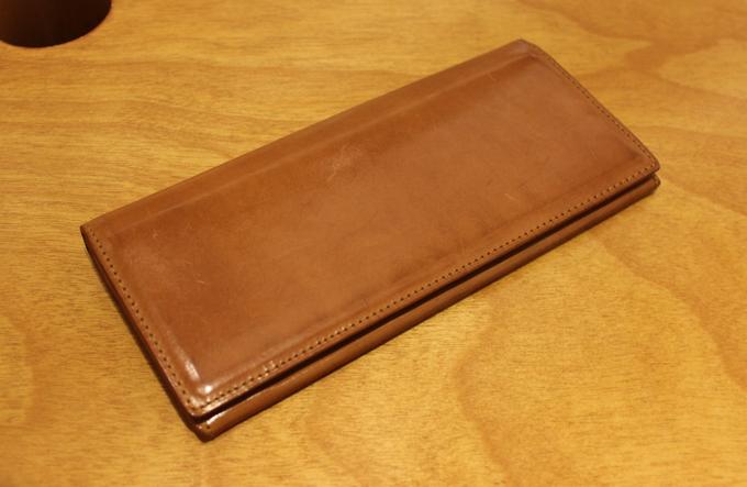 エグゼクティブな雰囲気の『パティーナ長財布』を2年使った