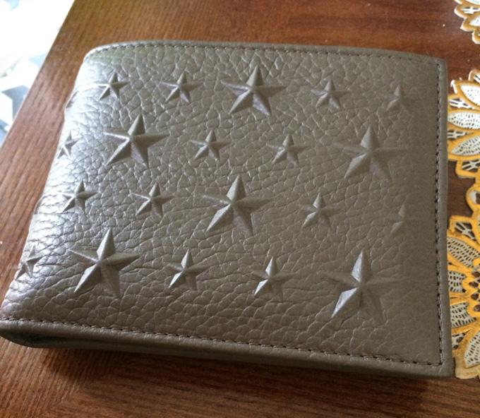 Jimmy Choo(ジミーチュウ)のメンズ二つ折り財布