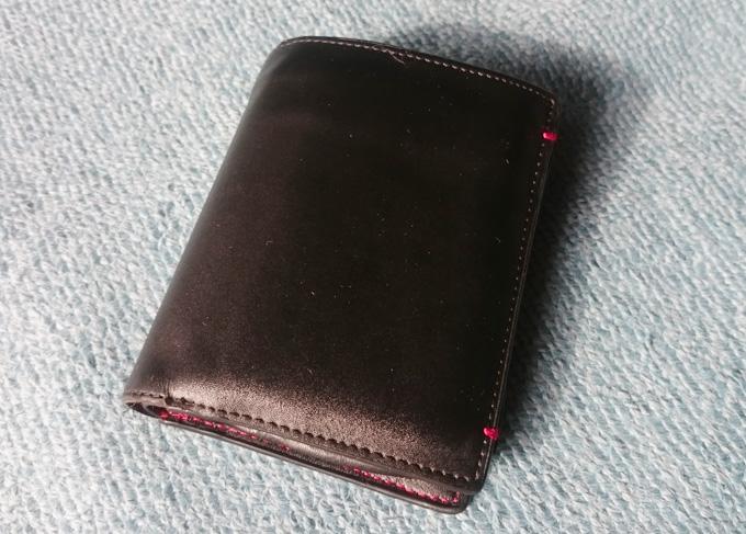 遊び心があるVOICE(ヴォイス)メンズ二つ折り革財布