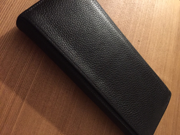 丈夫で傷が付きにくい財布