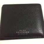 「SMYTHSON(スマイソン)」の二つ折り財布の魅力