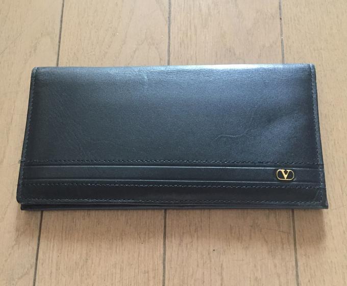Valentino(ヴァレンティノ)長財布
