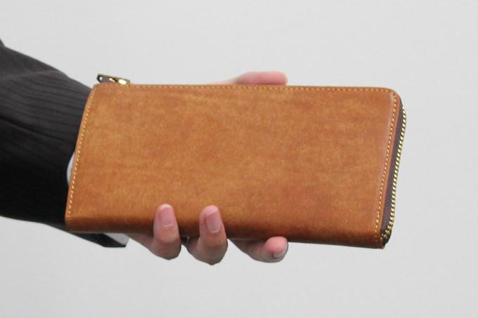 スロウ 長財布 プエブロレザー -L zip long wallet- pueblo 333S69Fの使用感